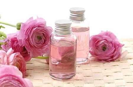 خلطة-ماء-الورد-والجلسرين-لتسمين-الوجه-بسرعة