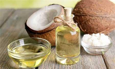 وصفة-زيت-جوز-الهند-وعصير-الليمون-لتطويل-الأظافر