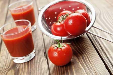 خلطة-عصير-الطماطم-للشعر